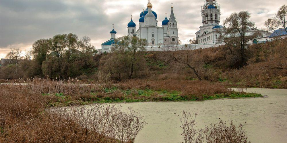 Паломническая поездка молодёжного клуба храма священномученника Ермогена в Крылатском