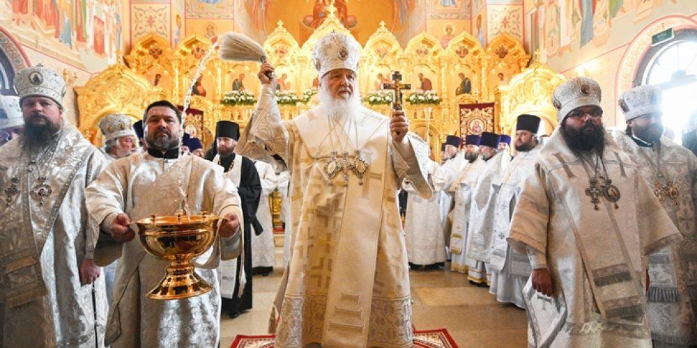 Состоялось великое освящение храма иконы Божией Матери «Неувядаемый Цвет» в поселке Рублево