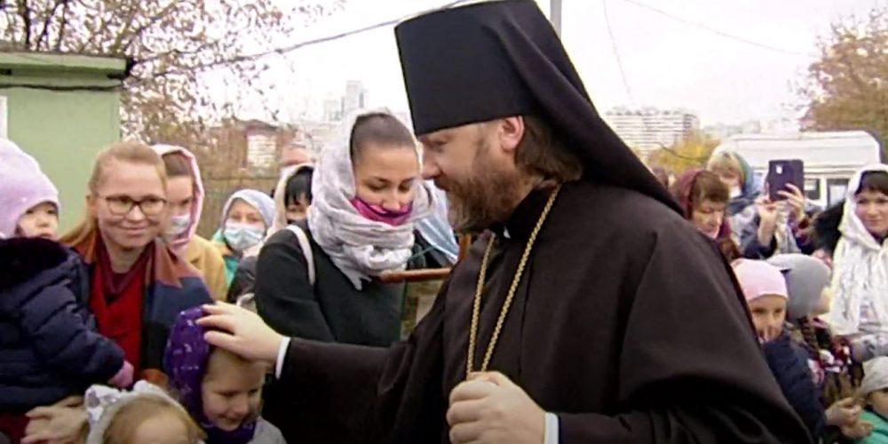 Молодежная Литургия в храме Рождества Пресвятой Богородицы в Крылатском. ВИДЕО