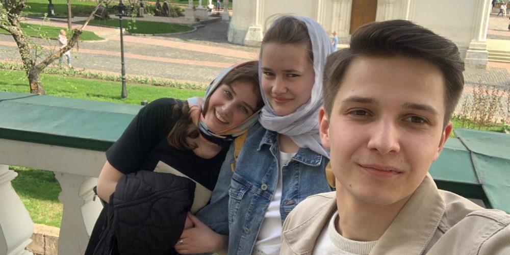 Участники молодежного движения храма свт. Димитрия Ростовского в Очакове побывали в Троице-Сергиевой Лавре