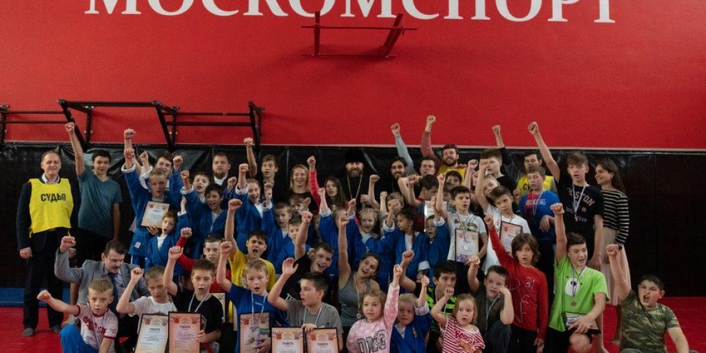 Детско-юношеские спортивные состязания «Русские Богатыри» прошли среди команд храмов Западного викариатства (+ фото)