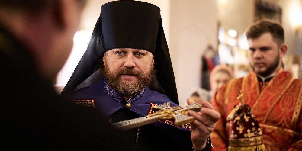 Епископ Фома совершил Божественную литургию в храме Гребневской иконы Божией Матери в Одинцово