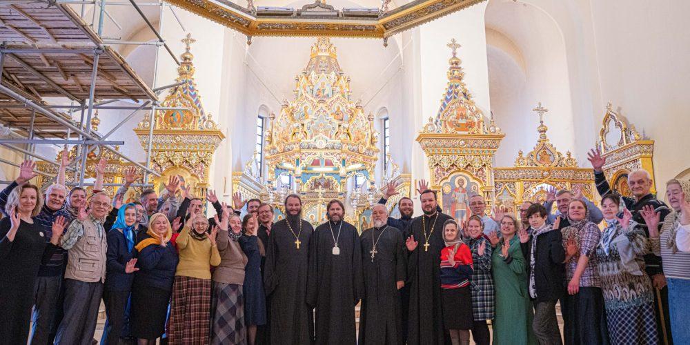 Литургию с переводом на жестовый язык в храме Александра Невского возглавил епископ Фома