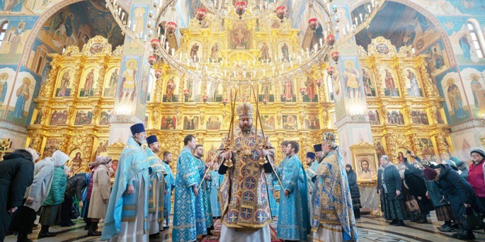 В храме Иверской иконы Божией Матери в Очаково-Матвеевском отметили престольный праздник (+ фото)