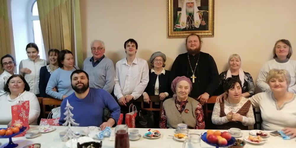 В храме священномученика Ермогена в Крылатском состоялся рождественский концерт клуба инвалидов