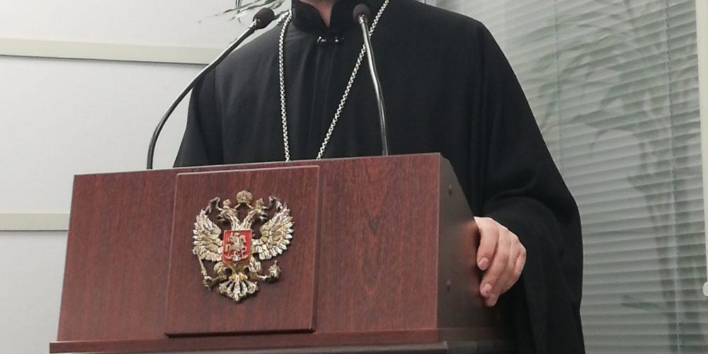 В храме Смоленской иконы Божией Матери в Фили-Давыдково начался цикл духовно-просветительских бесед с сотрудниками МЧС