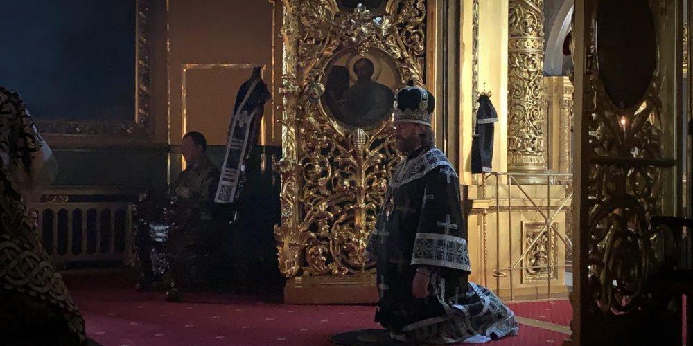 В Великую Среду епископ Фома возглавил Литургию Преждеосвященных Даров в Богоявленском соборе