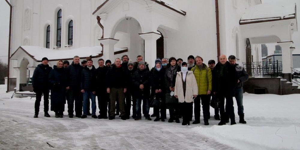 В храме Смоленской иконы Божией Матери в Фили-Давыдково состоялась очередная встреча прихожан с представителями МЧС