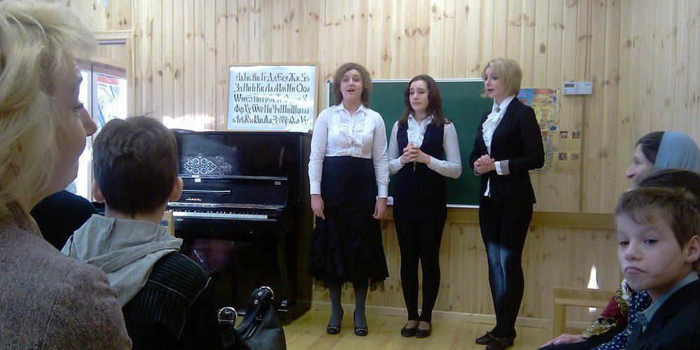 "В  январе 2012г. открылась ""Музыкальная гостиная"""