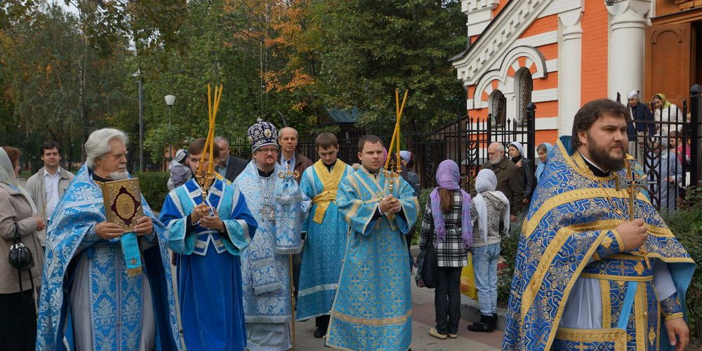 22 сентября 2012 года в храме-часовне Архангела Михаила близ Кутузовской избы, что в Филях состоялись торжества по случаю 100-летнего юбилея со дня освящения.