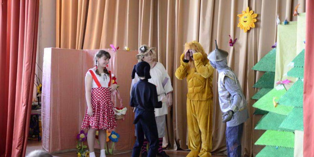 Пасхальный спектакль семейного театра храма прав. Иоанна Русского