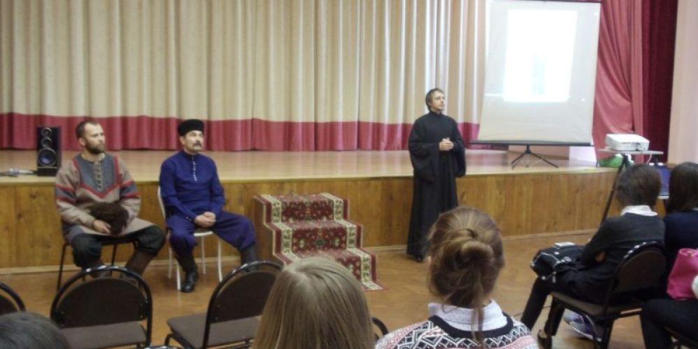 Встреча с казаками в рамках церковно-государственной и образовательной Программы по военно-патриотическому и духовно-нравственному воспитанию молодежи