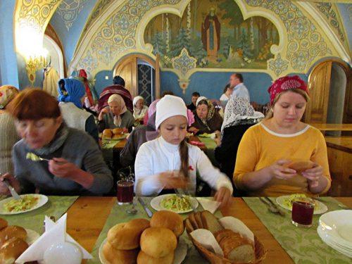 Паломническая поездка прихожан храма прав. Иоанна Русского в Кунцево к святыням Троице-Сергиевой Лавры