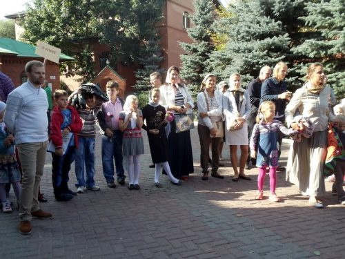 «Первый звонок» в Воскресной школе храма Архистратига Михаила (Патриаршее подворье) в Тропареве