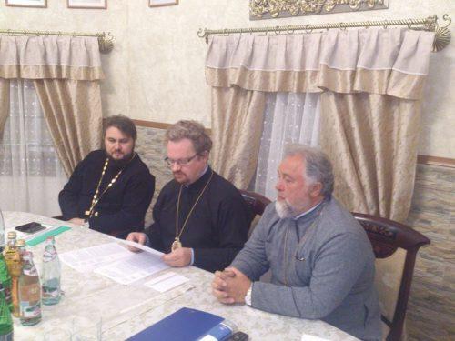 18 сентября в храме Архангела Михаила в Тропарево  состоялось заседание Совета Западного викариатства