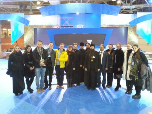 Представители молодежного актива Западного викариатства стали волонтерами Международного съезда православной молодежи.