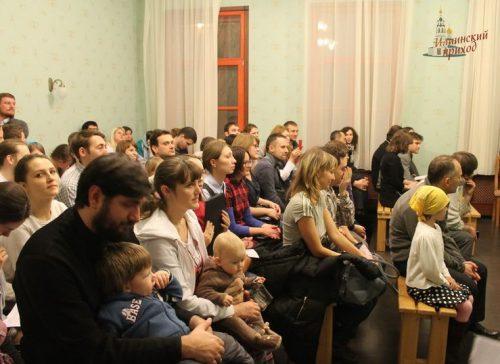 Молодежь храма Благовещения Богородицы в Федосьино приняла участие в творческом вечере на приходе храма пророка Илии в Черкизове