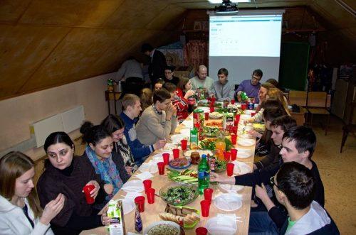 Праздничная встреча молодежных клубов и организаций в храме прп. Серафима Саровского в Кунцеве 26 января 2014 г.