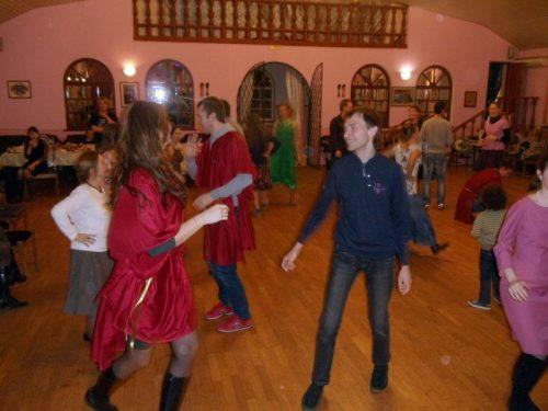 В Тропарево прошла встреча молодежи нескольких храмов Западного викариатства