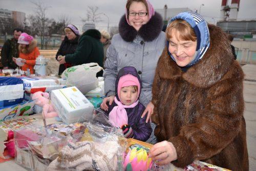 Благотворительная ярмарка в храме священномученика Ермогена, Патриарха Московского и всея Руси в Крылатском