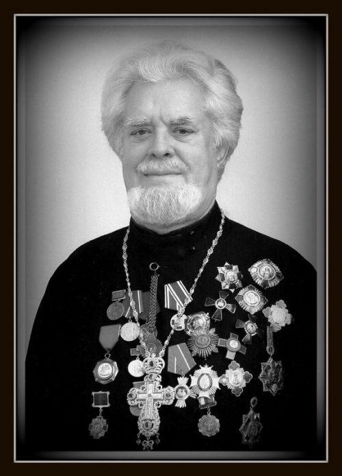 16 марта 2014 года после продолжительной болезни отошёл ко Господу настоятель храма Живоначальной Троицы на Воробьевых горах протоиерей Сергий (Суздальцев)