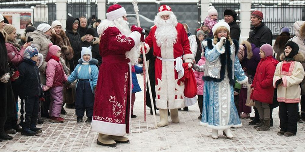 8 января на территории храма Спаса Нерукотворного Образа на Сетуни состоялся большой рождественский праздник для детей