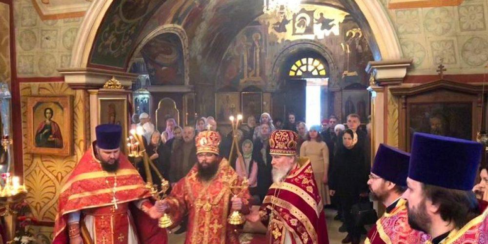 Праздничное богослужение в день памяти священномученика Зосимы Крылатского