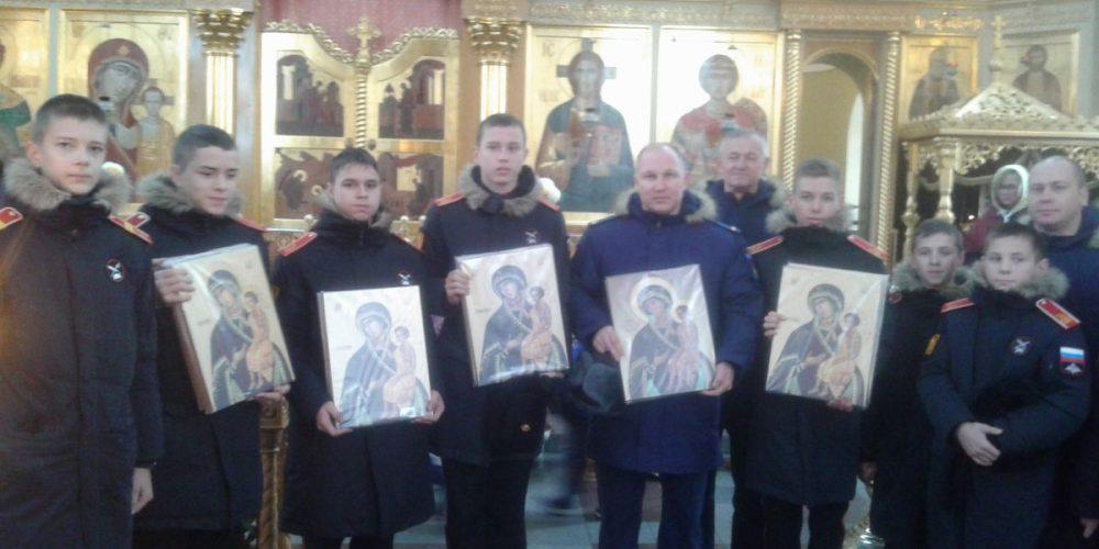 Будущие воины и защитники Отечества посетили храм на Поклонной горе