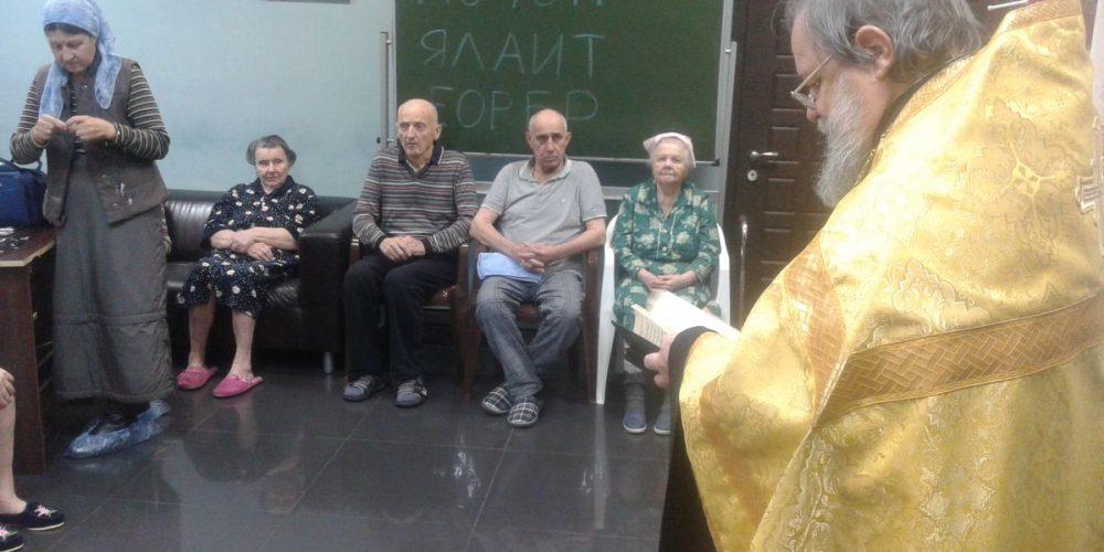 51 человек Причастились Святых Христовых Тайн в пансионате «Парус»