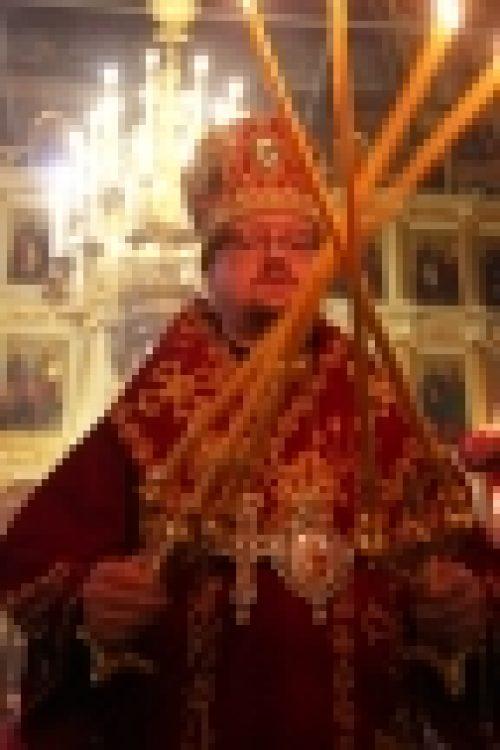 В день праздника Светлого Христова Воскресения епископ Броницкий Игнатий совершил Великую вечерню в храме Рождества Иоанна Предтечи на Пресне