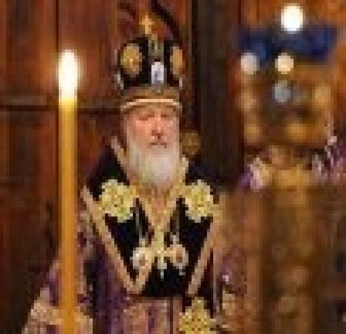 В канун дня памяти обретения главы Иоанна Предтечи епископ Бронницкий Игнатий сослужил Святейшему Патриарху Кириллу во время полиелейной утрени в Сретенском ставропигиальном монастыре