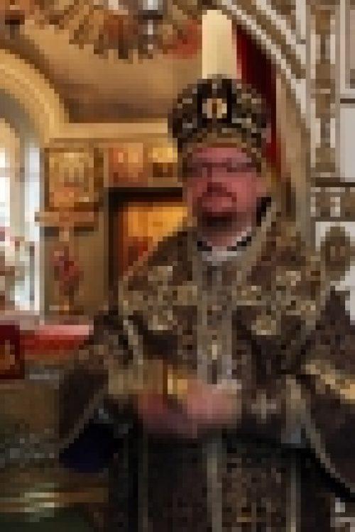 Епископ Бронницкий Игнатий совершил Божественную литургию в храме Спаса Всемилостивого в Кускове