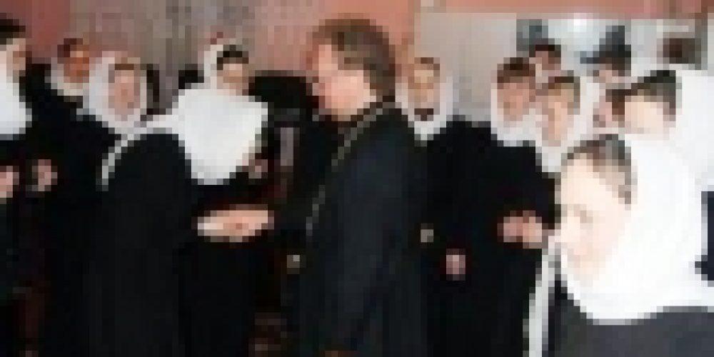 Епископ Бронницкий Игнатий посетил городское духовное училище на Украине