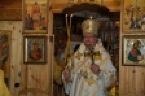 Епископ Выборгский и Приозерский Игнатий совершил Литургию в храме прп. Серафима Саровского в Кунцево