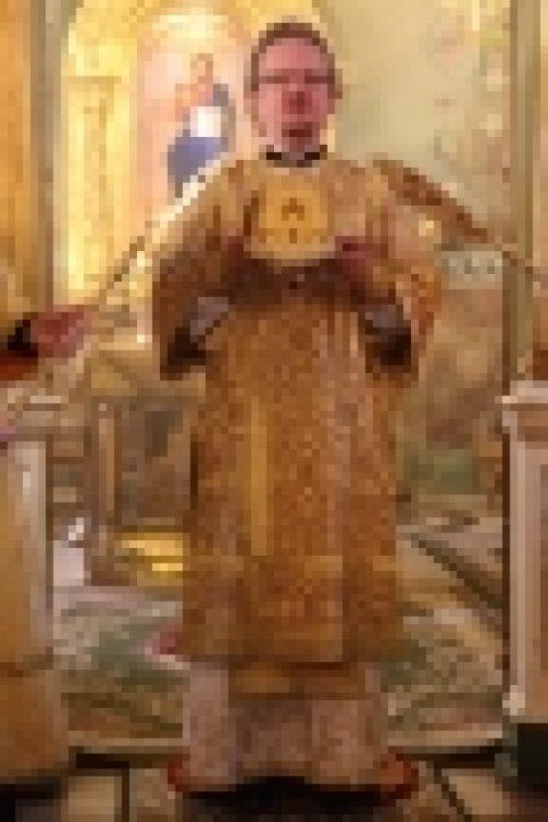 Епископ Выборгский и Приозерский Игнатий совершил Литургию в храме Рождества Иоанна Предтечи на Пресне