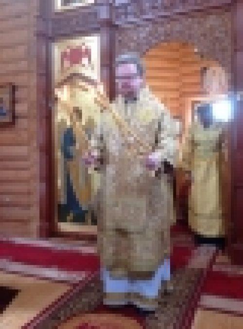 Епископ Выборгский и Приозерский Игнатий возглавил Литургию в подворье храма иконы Божией Матери Знамение в Кунцево и принял участие в празднике
