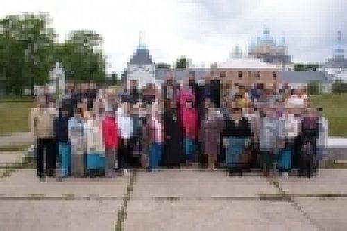 В рамках празднования дня памяти преподобного Арсения Коневского на острове Коневец прошла встреча епископа Выборгского и Приозерского Игнатия с директорами общеобразовательных школ