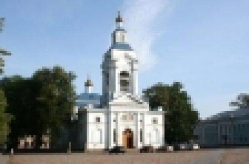 Епископ Выборгский и Приозерский Игнатий совершил Литургию в Спасо-Преображенском соборе г. Выборга