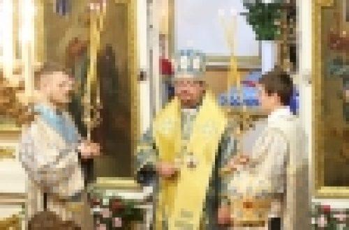 Епископ Выборгский и Приозерский Игнатий совершил праздничную Божественную литургию в Свято-Троицком храме г.Всеволожска
