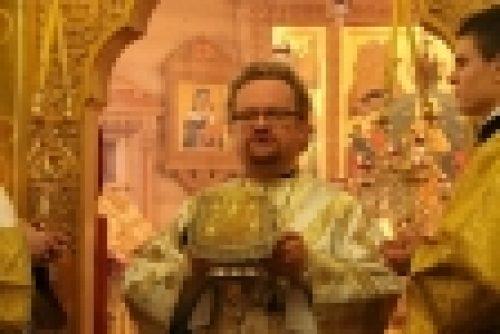 Епископ Выборгский и Приозерский Игнатий совершил Божественную литургию в храме Коневской иконы Божией Матери пос.Саперное