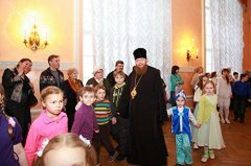 В Доме офицеров в Лефортово состоялся Рождественский праздник Петропавловского благочиния