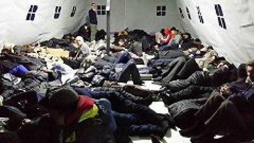За первые 10 дней работы пункта обогрева бездомных его посетили более 900 человек
