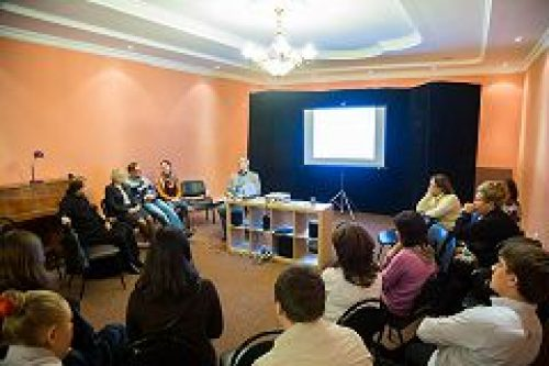 В воскресной школе при храме свт. Николая Мирликийского в Покровском состоялось очередное заседание киноклуба