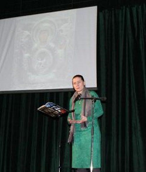 В ДК «Северный» состоялся вечер встречи с известной актрисой театра и кино Марией Голубкиной