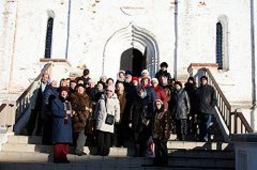 Приход храма пророка Божия Илии в Обыденском переулке организовал паломническую поездку для подопечных ТЦСО №29