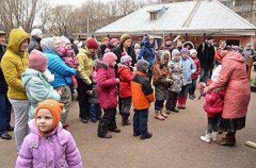 Приход храма прп. Серафима Саровского в Кунцеве организовал праздник для маленьких прихожан