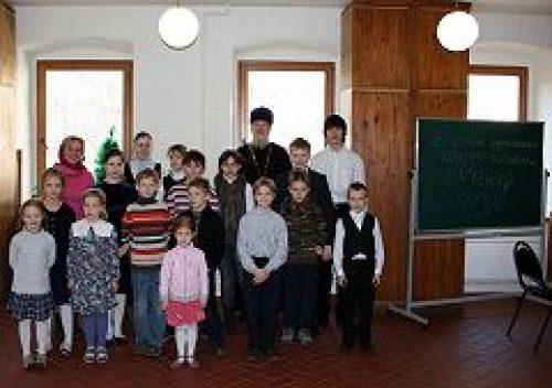 В воскресной школе при храме пророка Божия Илии в Обыденском переулке прошел детский музыкальный конкурс-фестиваль
