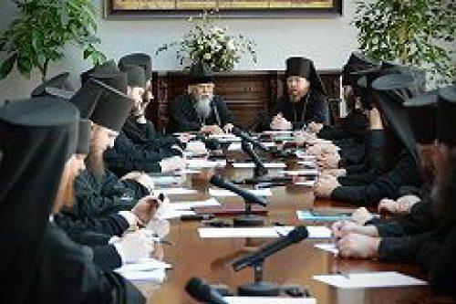Председатель Синодального отдела по церковной благотворительности и социальному служению встретился с братией Сретенского монастыря