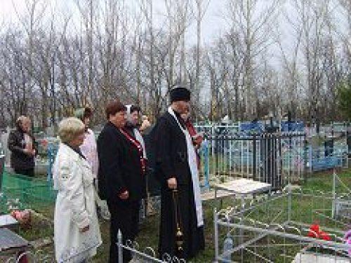Столичные кладбища готовы к приему посетителей на Радоницу
