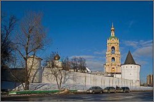 В праздник Входа Господня в Иерусалим епископ Воскресенский Савва совершил Литургию в Новоспасском монастыре